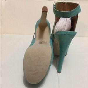 Teal shoedazzle heels
